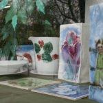 Posliininmaalaajat kokosivat ensimmäisen näyttelynsä