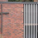Veroprosentin ennallaan säilyttävä seurakunta pohtii kiinteistöjä ja henkilöstöä – jos säästöjä ei saada kaivettua, joudutaan miettimään liitosneuvotteluita