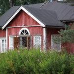 Kyläkävelyllä päästiin tutustumaan Alkmanin taloon.
