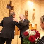 Konsertin päätteeksi kukitettiin soittajien lisäksi illan tähti, viulunrakentaja Jaakko Mäkelä.