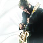 Tähteydestä luopunut Joel Hallikainen konsertoi  Luopioisten  kirkossa
