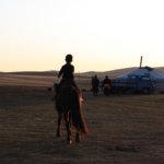 Mongolian lähetysiltaan saapuu vieras paikan päältä