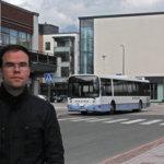 Liikennesuunnittelija Tuomas Kähkönen on edustanut Kangasalan kuntaa Tampereen kaupunkiseudun joukkoliikennetyöryhmässä. – Uusi runkolinja parantaa Vatialan kulkuyhteyksiä huomattavasti, linjalla 1 on tiheimmät vuorot ja pisin liikennöintiaika, sanoo Kähkönen.