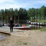 Kirkkoveiden vastaanotto Luopioisten uimarannalla