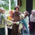 Heini ja Pentti Hietanen esiintyvät Pikkuteatterin tukikonsertissa