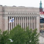 Eduskuntaan hakee lähes tuhat kunnanvaltuutettua