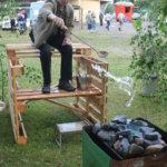 Vimmu-Aspilan hauska osasto kuului vuoden 2009 Pälkäne palvelee ja tuottaa -näyttelyn vetonauloihin. Saunaliuluun kaadettiin litra vettä, josta piti heittää mahdollisimman suuri osa kiukaan kivien sekaan piilotettuun sademittariin. Lauteilla kisaamassa Arajäven kesäasukas Esko Uotila Espoosta.