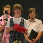 Pälkäneen musiikkiteatteri esitti näytteitä valmisteilla olevasta Kolme iloista rosvoa -esityksestä.