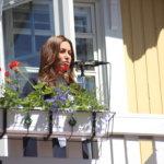 Jaana Pelkonen kertoi miehensä keväällä kysyneen, onko kansanedustaja aiemmin käynyt Kangasalla – ja joutuneensa vastaamaan, ettei muista. Tämänkertaisen käyntinsä Pelkonen uskoi muistavansa mainiosti pitkään.
