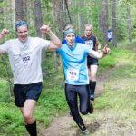 Olli ja Kalle Ryynäsellä oli näin hauskaa metsässä.
