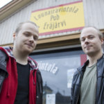 Oskari Salama julkaisi ensilevynsä Eräjärvellä, josta duon taival sai kolme vuotta sitten alkunsa.