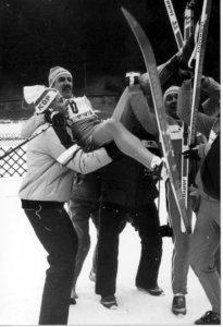 Innsbruckin kisat vuonna 1984 olivat Jouko Gripille yhtä juhlaa: mies saavutti paralympialaisissa kolme kultaista mitalia. Kuva: Paralympiakomitea