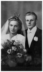 Kirstin ja Reinon häitä tanssittiin Kauhavalla vuonna 1947. Kirsti asuu nykyään Lempäälässä. Reino kuoli vuonna 2002.