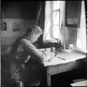 Näytelmä perustuu Kirstin ja Reinon sodanaikaiseen kirjeenvaihtoon.