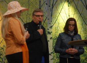 Tornion kirkkoherra Martti Puontila kertoi paneelikeskustelussa, kuinka Torniossa selvittiin suuresta pakolaismäärästä viime syksynä. Tällä hetkellä Torniossa on noin 300 pakolaista.