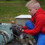 Niilo Rukon Blue Diamond -generaattori on valmistettu vuonna 1942. Generaattorin Yhdysvalloissa valmistettu moottori käy bensiinillä.