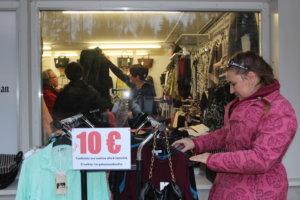 Fiinassa kaikkein pimeimmät tarjoustuotteet olivat ikkunan ulkopuolella.