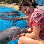 Ammatit: Eläinlääkäri lähti delfiinien matkaan