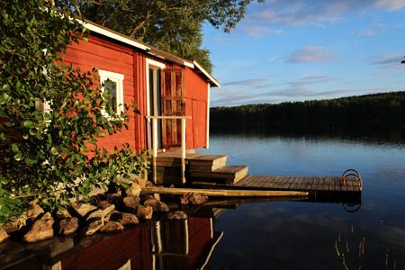 Marjo Hanhisalon Kuohijoella ottama kuva nousi neljän kärkikuvan joukkoon Postin ja Ilta-Sanomien saunakuvakilpailussa. Kuvasta julkaistaan postimerkki ensi keväänä.