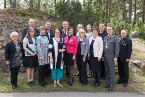 Luopioislainen Henri Lehtola (oikealla) toimii kirkolliskokouksen yleisvaliokunnan sihteerinä. Kirkon kuvapankki / Aarne Ormio.
