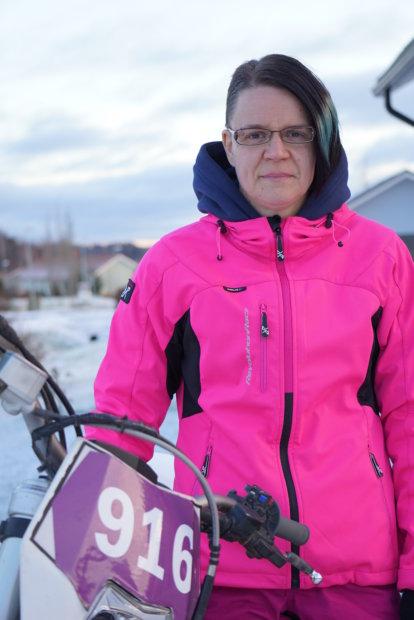 Päijänteen ympäriajoon valmistautuva Anu Nummela toivoo kelin olevan talvinen vielä maaliskuussakin.