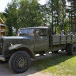 Sota-ajan ajoneuvohistoriaa automuseolla