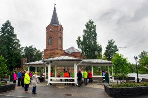 Ensimmäistä kertaa Pälkäneellä järjestetty Kävele naiselle ammatti -tapahtuma keräsi vajaat 30 osanottajaa. Kuva: Hannu Söderholm.