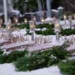 Pohjan koulun oppilaat laskivat yksittäiset pienet seppeleet jokaiselle sankarihaudalle.