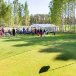 Kiireetöntä golfia luonnon helmassa