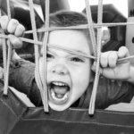 Vehjemies selvittää: Kuurouttaako lasten melskaaminen?