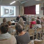 Muodonmuutoksia ry edistää tieteen, taiteen ja yleisön välistä vuoropuhelua