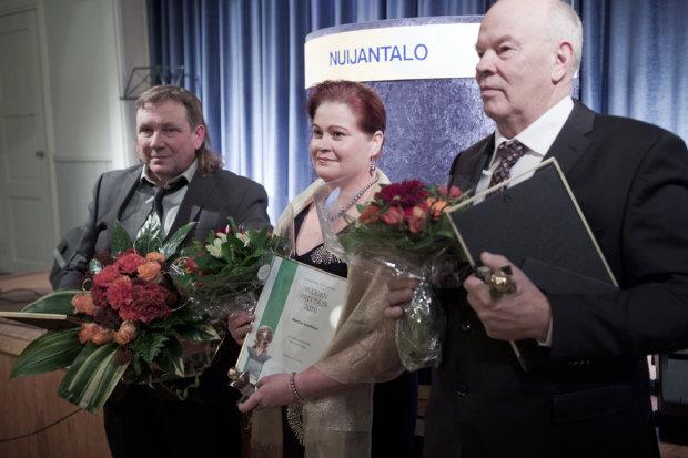 Vuoden yrittäjät Markku Knaapi, Marissa Henttinen ja Matti Norokorpi.