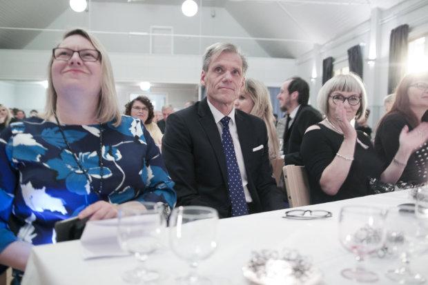 Nuijan Yrittäjäjuhlassa puhuivat Pirkanmaan yrittäjien varapuheenjohtaja Pilvi Kärkelä (vasemmalla) ja kansanedustaja Pauli Kiuru.