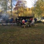 Ämmätsän Kylätalolla vietettiin eräpäivää lauantaina. Kuva: Liisa Mäkinen