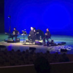 Laulaja, koomikko ja muusikko Vesa-Matti Loiri valloitti yleisönsä istualtaan