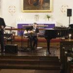 Petri Laaksosen joulukonsertissa Sääksmäen kirkossa oli samanlainen tunnelma kuin Marta Wendelinin joulukortissa