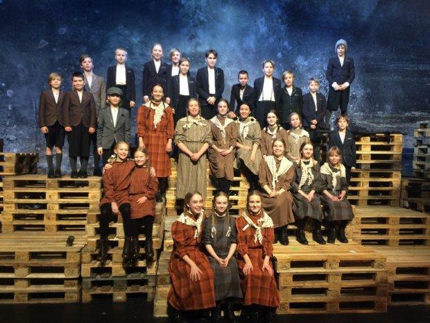 Vuonna 1893 valmistunut Hannu ja Kerttu -ooppera on säveltäjä Engelbert Humperdinckin mestariteos myöhäisromanttiselta ajalta. Nyt Tampere Filharmonia päätti syyskautensa tähän Saksassa joulutunnelmaa rakentavaan teokseen. Tampereen Oopperan lapsikuoro selviytyi urakastaan kiitettävästi.