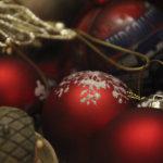 Huutokauppaa, leivonnaisia ja käsitöitä – joulumyyjäisissä on mistä valita