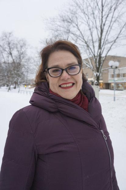 Kuntaliiton johtoon helmikuun ensimmäisenä päivänä siirtyvä Minna Karhunen on vakuuttunut siitä, että kunnat ovat maakuntienkin Suomessa keskeisiä palveluiden tuottajia. – Kunnat löytävät helposti uudet roolit, hän uskoo.