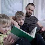Koko perheen lukuhaaste innosti lapset kirjojen pariin