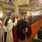 Rutterin kuoroteos viritti vahvan hengen piispa Matti Revon syntymäpäivän juhlamessuun