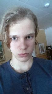 """""""Olen Henri Pitkänen, 17 vuotta, ja opiskelen Kangasalan lukiossa. Olen ollut nuorisovaltuustossa seitsemänneltä luokalta asti ja toimin tällä hetkellä sivistyslautakunnassa varajäsenenä. Olen nuorisovaltuuston lisäksi partiossa. Saa mennä etsimään ig:ssä ja twitterissä @Hhenkkaa02"""""""