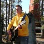 Markus Salo haki The Voice of Finlandin finaaliin energiaa Haralanharjulta – katso videolta, kuinka Salo tulkitsee Kesäpäivän Kangasalla