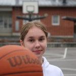 Avattu viisikko: Nuori Anna Kangastupa avaa mietteitään viidestä eri aiheesta – kuten koripallosta ja kutsusta lajin maajoukkueleirille