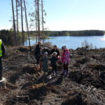 Rautajärven koululaiset viettivät metsäpäivää