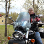 Pälkäneläinen Reija Lahtinen ajaa naismotoristien puolesta – Moottoripyöräteollisuuden pitäisi tehdä enemmän pyöriä naisille