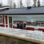 Vehoniemen lasitetun terassin unelma toteutui – Se on suurin Suomessa koskaan toteutunut rahoituskampanja