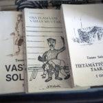 Pälkäneläishyllyjen perusteoksiin kuuluu Elämää Laipanmaassa -teos, joka löytyi jokseenkin joka hyllystä. Moni oli nostanut esiin myös Laipan eloa käsitelleen korpikirjailija Tauno Sairialan kirjoja. Päivi Heinoselta löytyvät kaikki Sairiala-kirjat.
