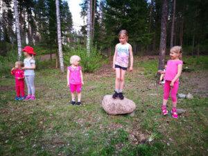 Minea Tikka kipitti T7-sarjan voittoon, Iida Tamminen oli toinen ja Matilda Mäki-Mantila kolmas.