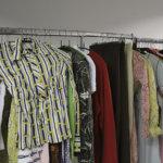 Meijeriltä voi ostaa Remun 70-luvun  vaatteita, joita on todella paljon. Itse maestro saapuu myös meijerille avaamaan Remu-osastoa.
